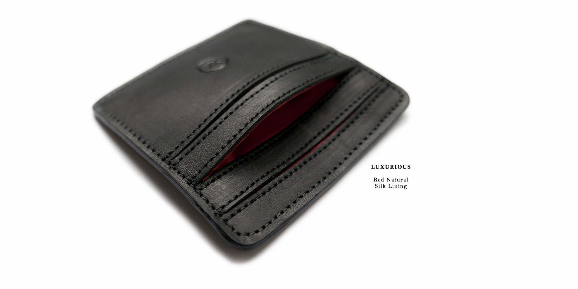 malle_black_leather_wallet_feat1